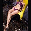 Zweiteiler: Malvenfarbener Bikini mit überkreuztem Oberteil