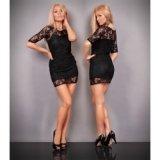 Glamouröses, schwarzes, hautenges Kleid mit Spitze