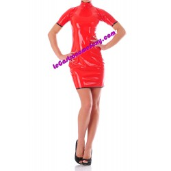 Hautenges Kleid aus 100% Latex