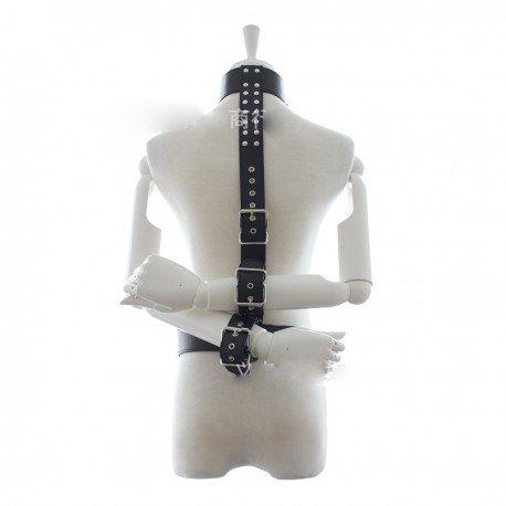Bondage Fesseln - die Hände auf dem Rücken
