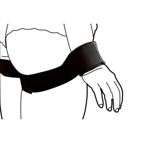 Fesseln: Arme an den Körper fesseln