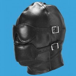 Geschlossene Ledermaske: Maske mit abnehmbarem Maulkorb