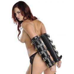 ArmBinder de Luxe – zylinderförmige Armfessel aus Leder mit 10 Schlössern