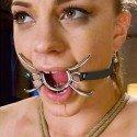 Spider Gag: Ring-Gag mit Metallzinken damit der Mund offen bleibt